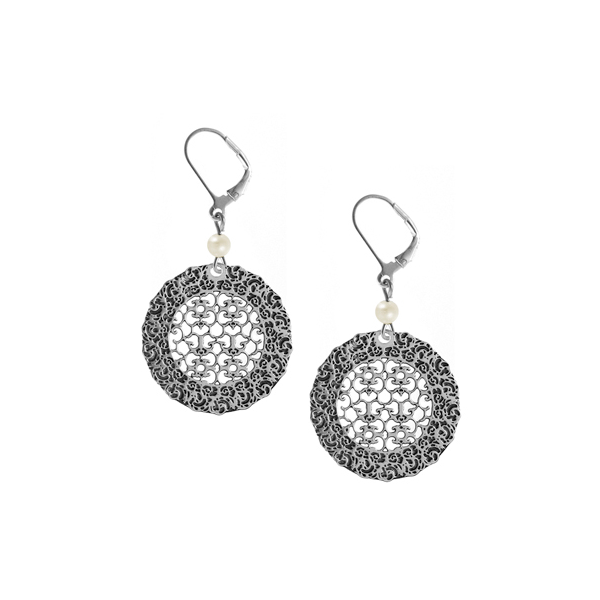 Ezell Leverback Earrings with Freshwater Pearl
